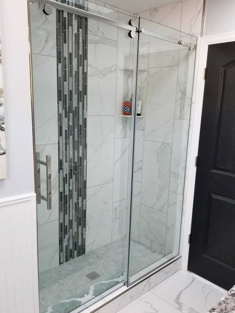 glass shower door in Laramie, WY